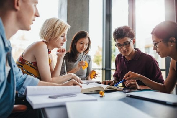 4 Things You Should Know About First Week at University 2