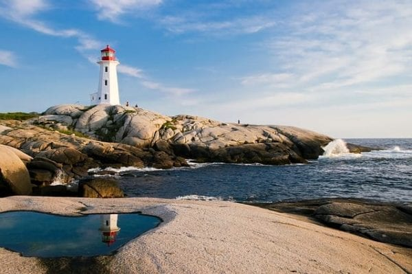 Immigration to Nova Scotia Hits Record Levels lighthouse 1872998 640