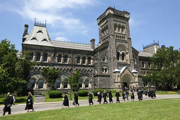 The Top Colleges in Toronto Today 8ea561edc46b819a0e3bcf560c6d8b7f 6