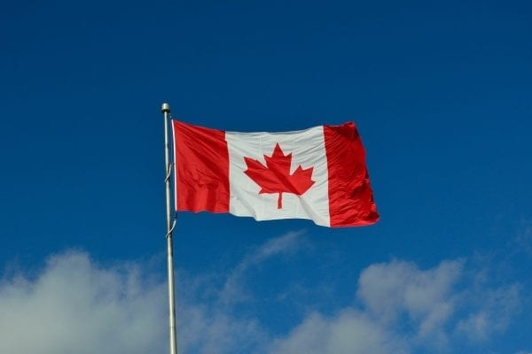 The Top Challenges For new Gujarati Immigrants When They Come to Canada canadian flag 1174657 1280 600x400