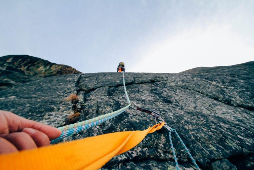 action-adventure-climbing-daylight-303040