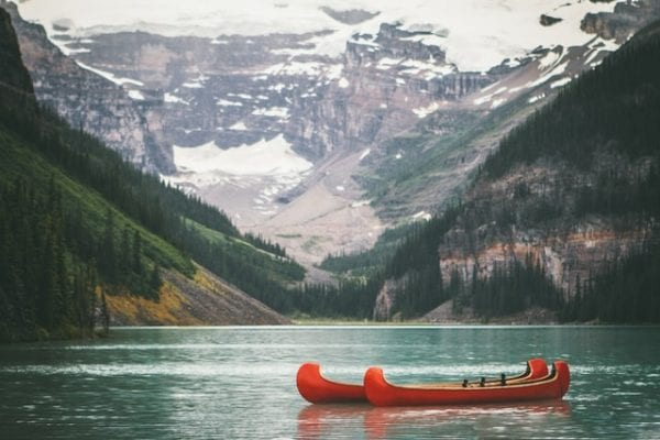 5 Best Things To Do At Lake Louise - The Ultimate Guide You Need 2