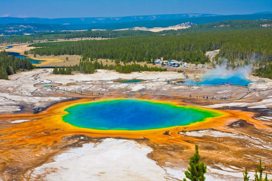 Yellowstone National Park: The Best 10 Minute Guide 4