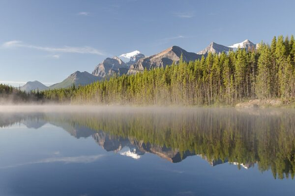 Icefields Parkway: Best 15 Places to Explore 3
