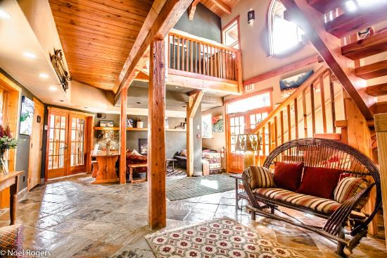 Paintbox Lodge