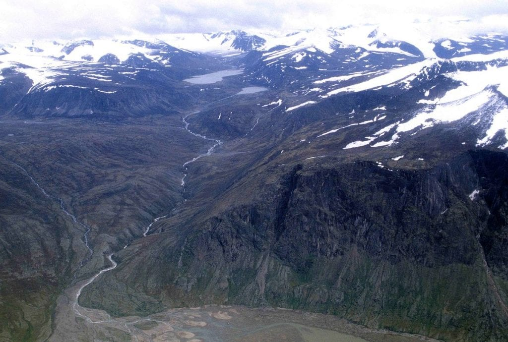 Exploring the Beauty of Baffin Island 1