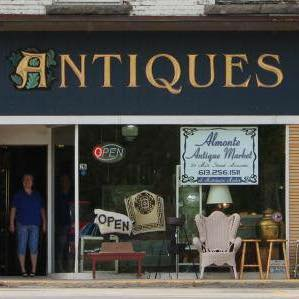 Almonte Antiques & Collectibles