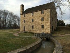 Mount Vernon: George Washington's Grand Mansion 12