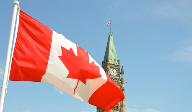 Should Aspiring Developers Aim to Work in Canada? 1