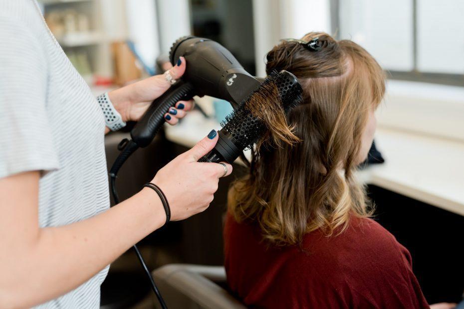 Top 12 Best Rated Hair Salon Winnipeg 1
