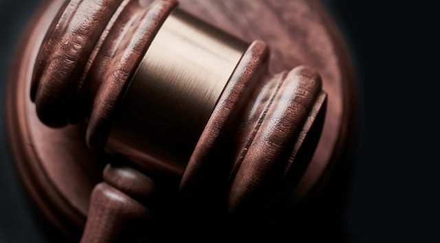 Remain Calm and Call a Lawyer: Dealing With a DUI Arrest 1