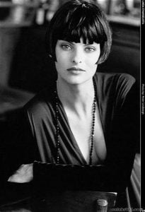 Linda Evangelista and the Pageboy Hairstyle | Juice Salon and Esthetics