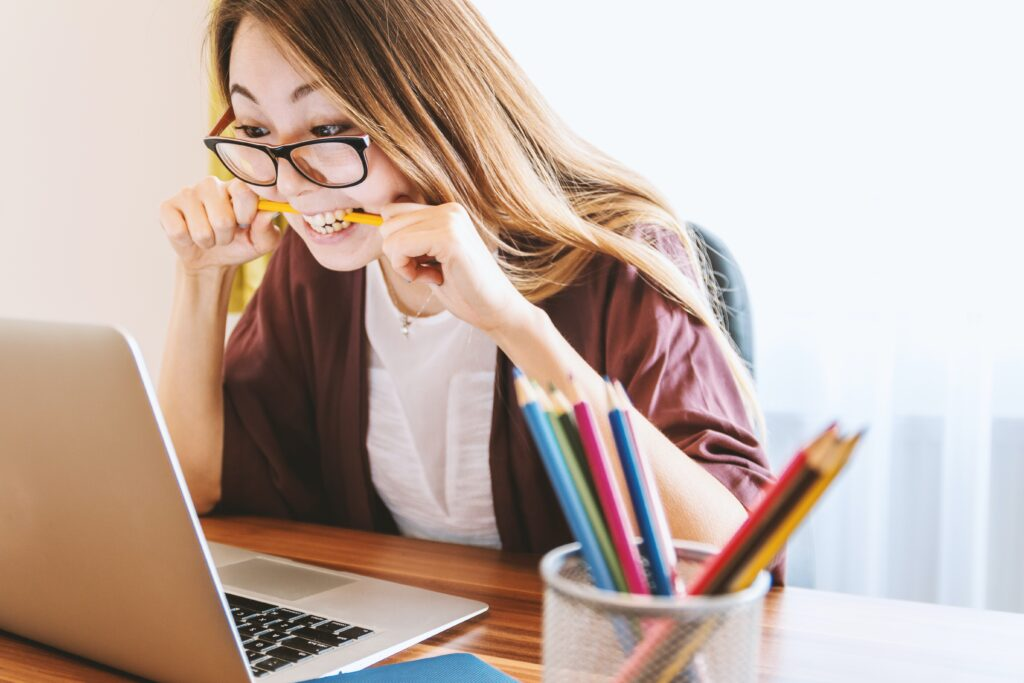 Freelancing & Studies: Can They Be Combined? 2