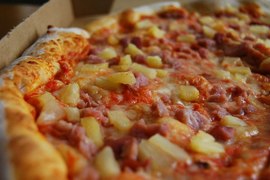 6 Best Kinds Of Canadian Pizza Categories 1