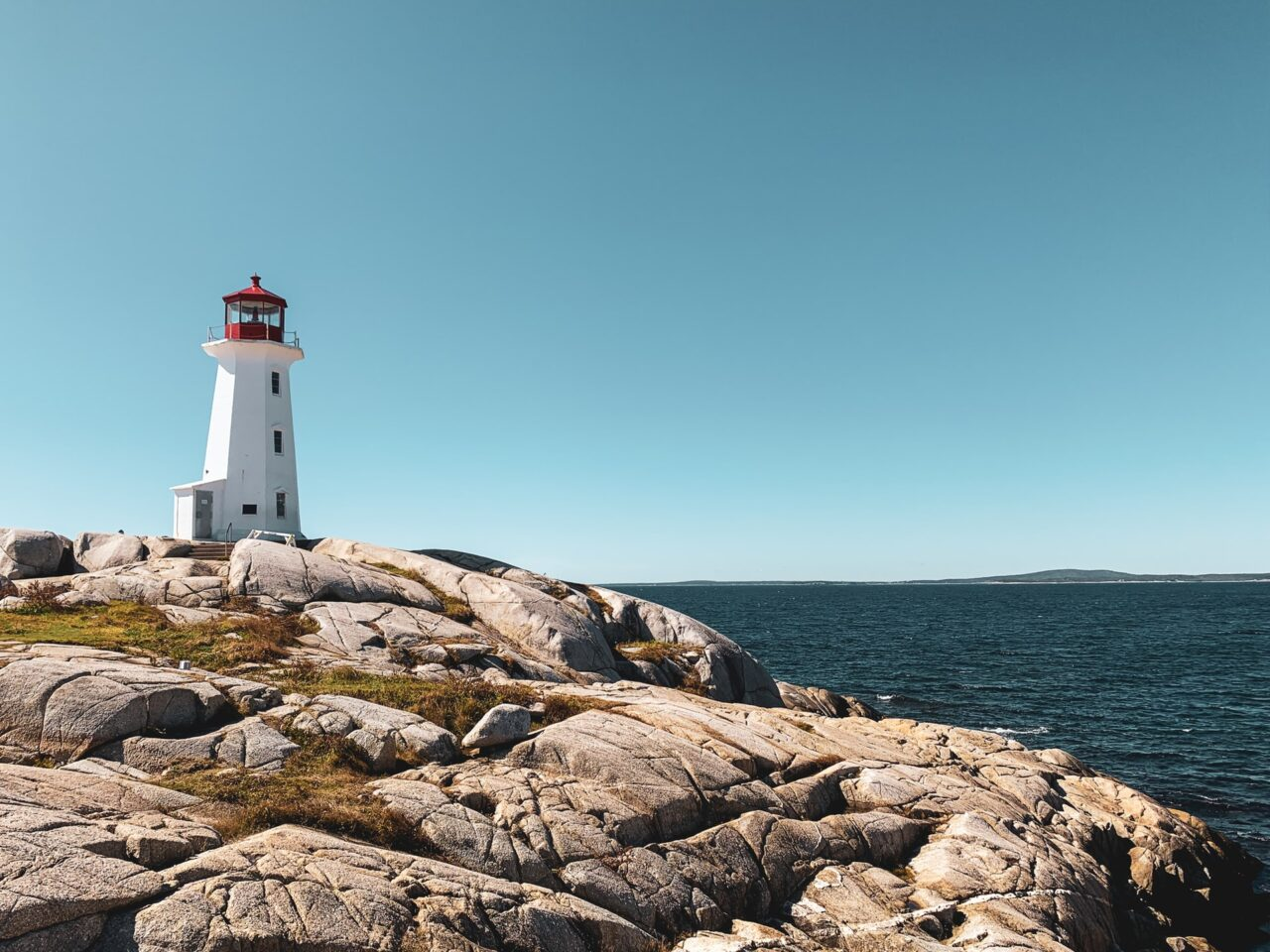 Travelers Guide To Canada Tourism: Know 8 Important Things 1