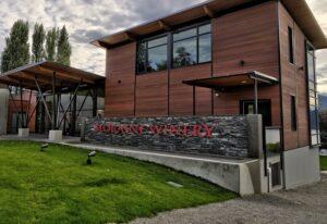 Moraine estate winery