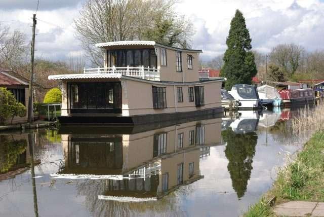 7 Best Houseboat rentals in Ontario 2