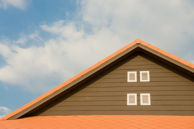 Cleaning a Painted Metal Roof System: How To & Best Methods 2