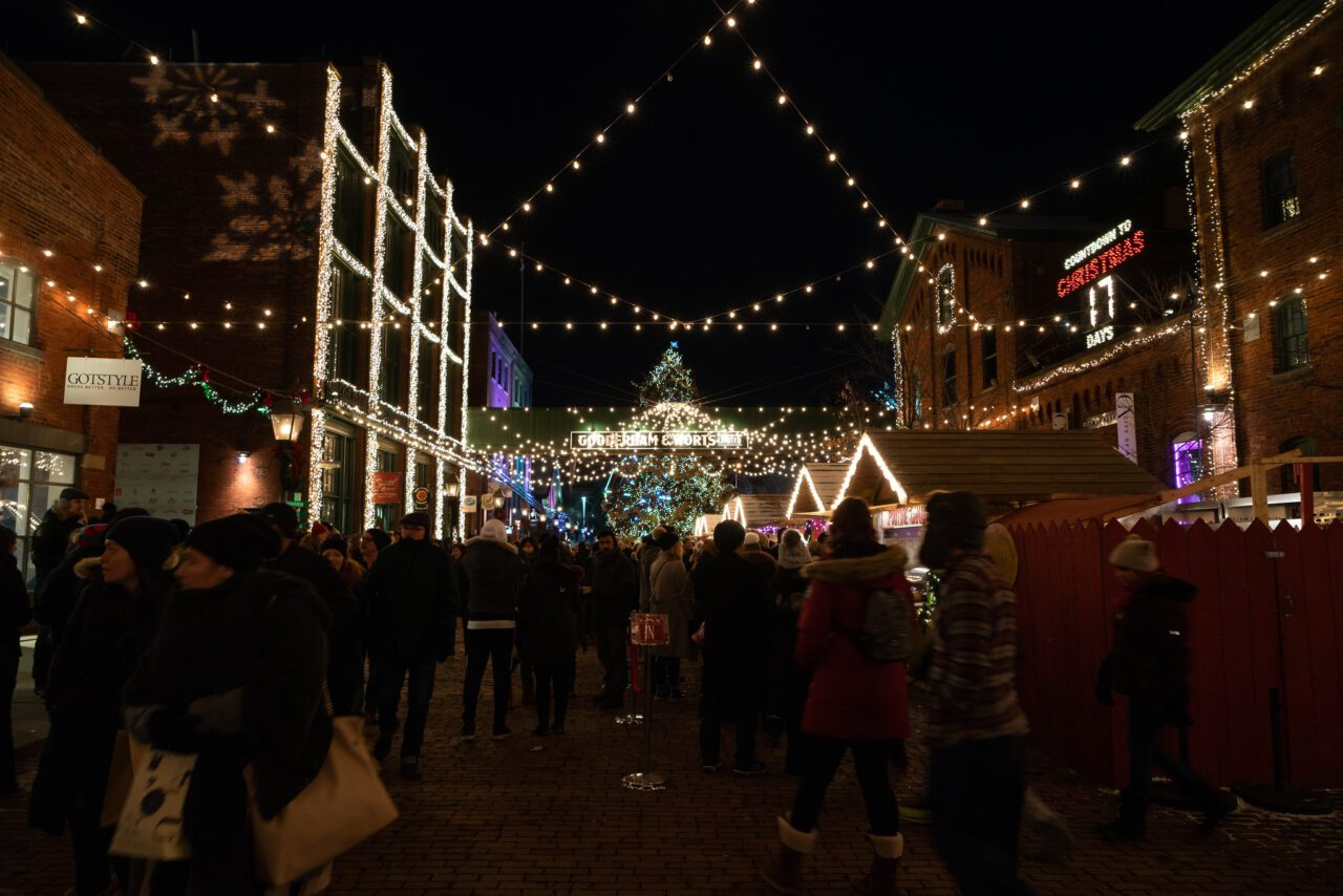 12 Awesome Ways to Enjoy Your Christmas in Canada 1