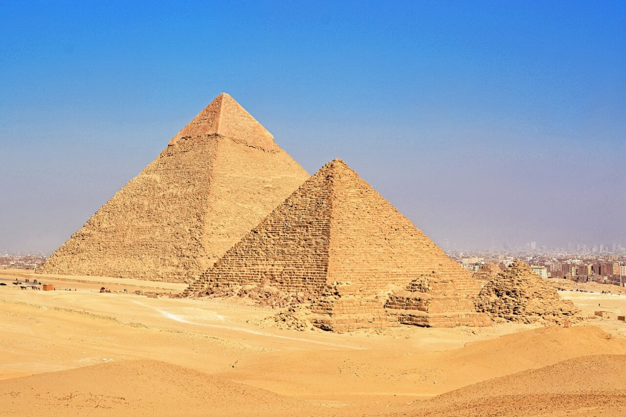 What are the Amazing 7 Wonders of the Ancient World? 2