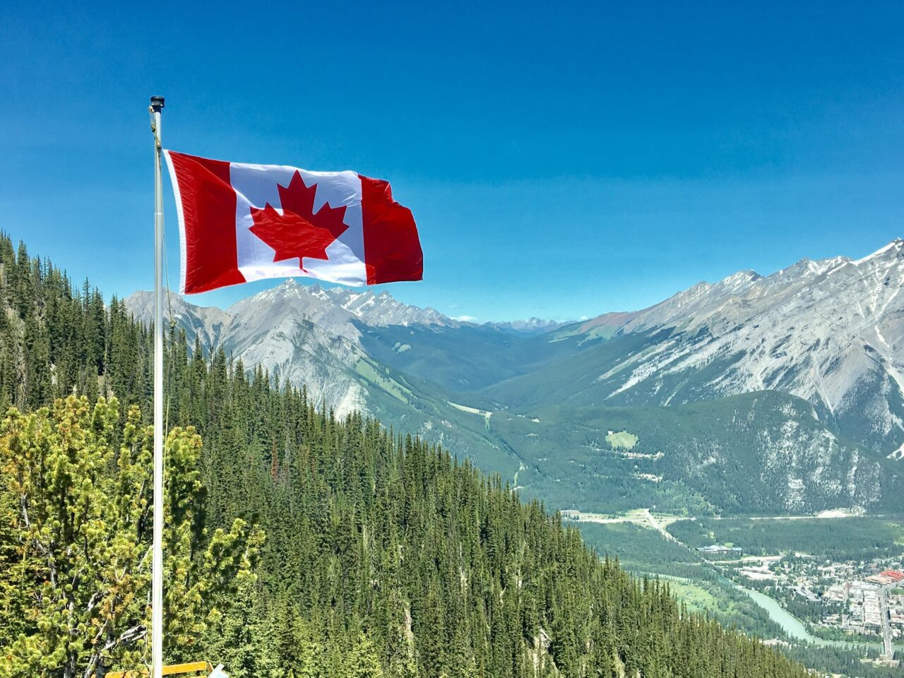 The Amazing Tourist Guide - Visiting Canada 1